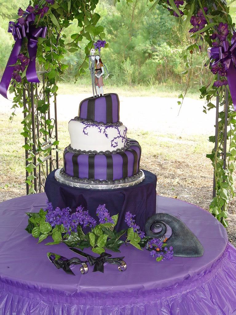 Nightmare Before Christmas Wedding Cakes  Wedding Cakes Nightmare Before Christmas Wedding