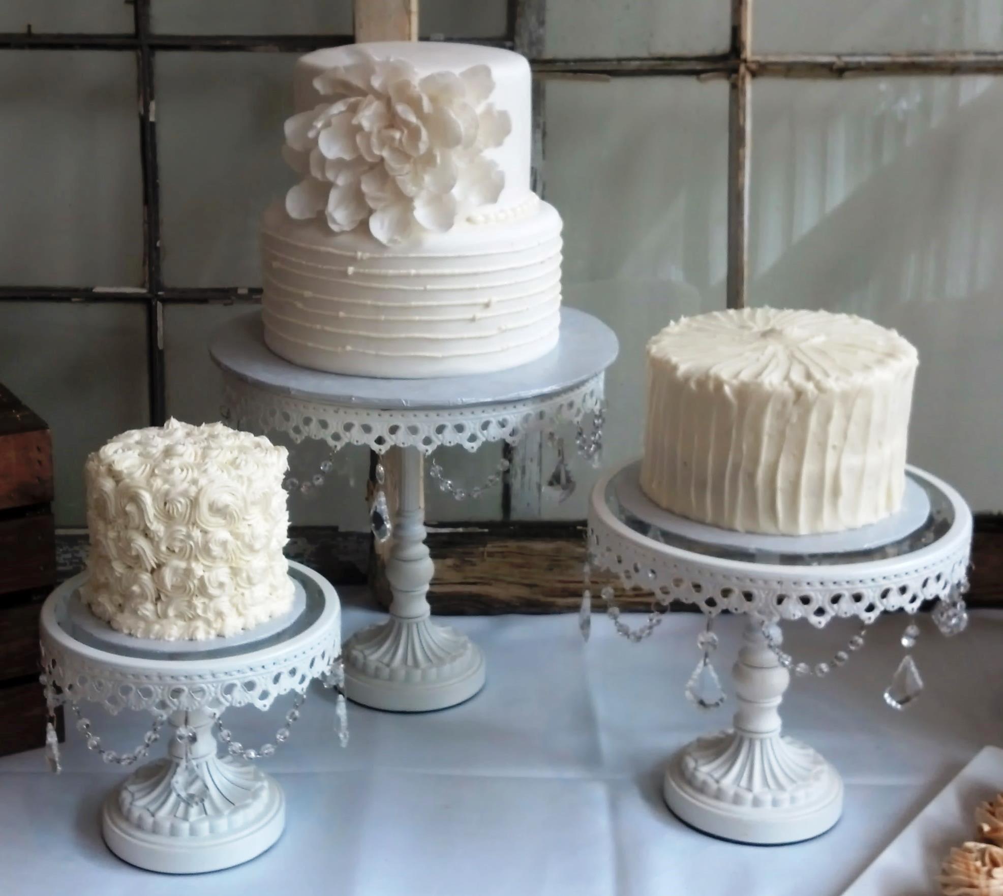Non Fondant Wedding Cakes  11 Simple Small Wedding Cakes Fondant Single Layer