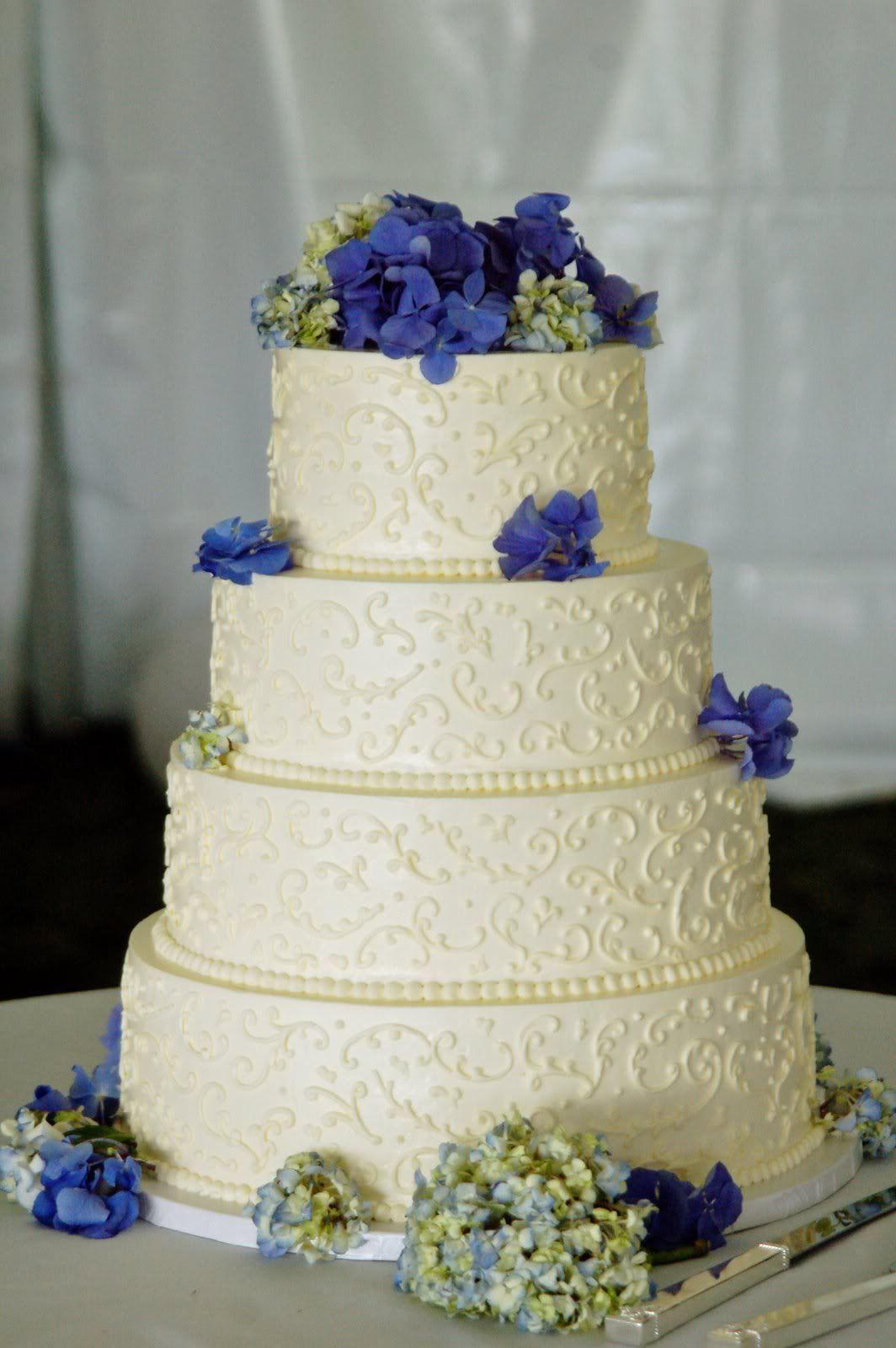 Non Fondant Wedding Cakes  wedding cakes without fondant