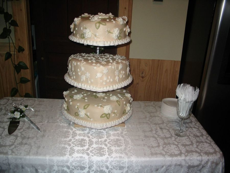 Non Fondant Wedding Cakes  Non Fondant Wedding Cake CakeCentral