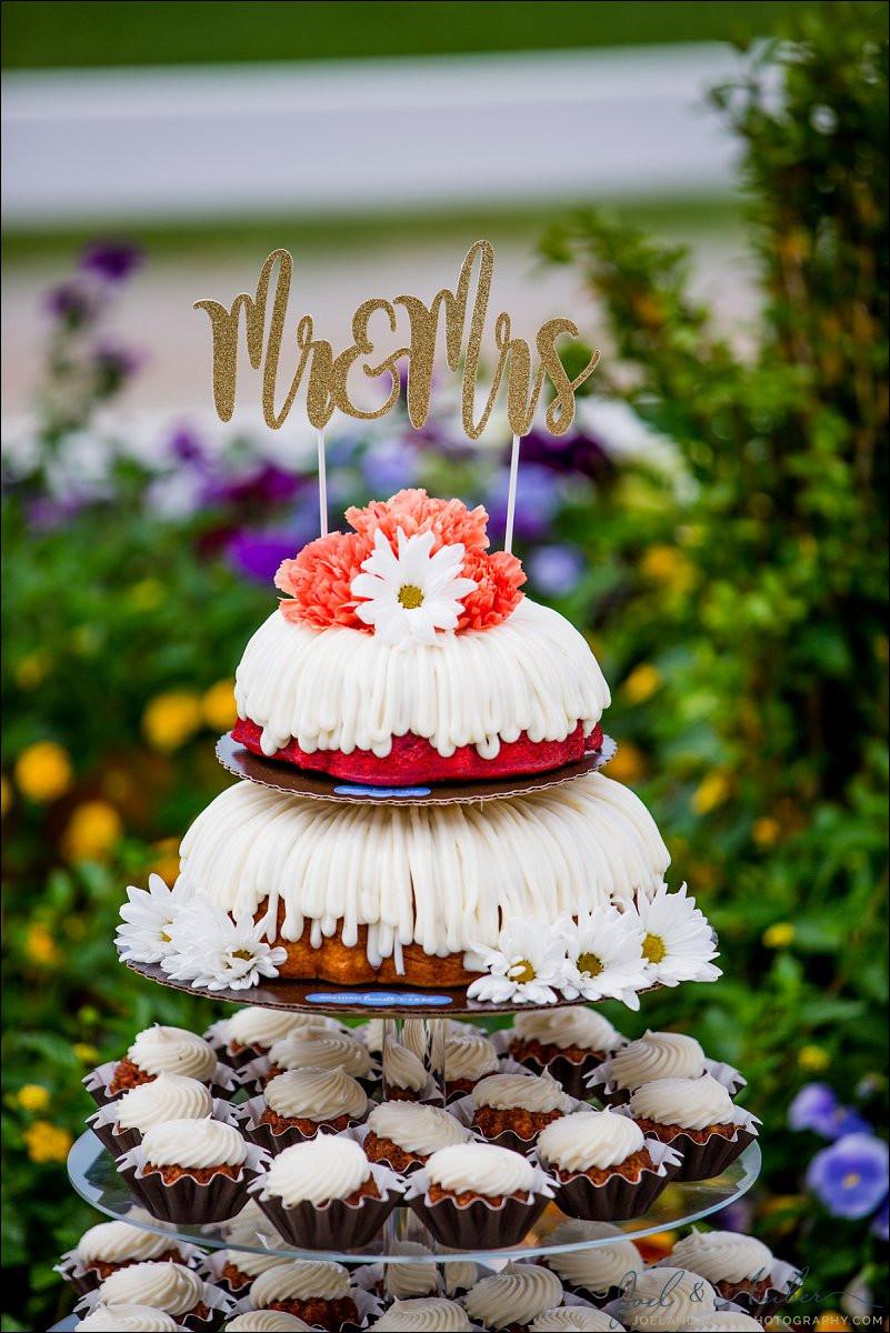 Nothing Bundt Cakes Wedding  Little Wedding Bundt Cakes Joel and Amber graphy Blog