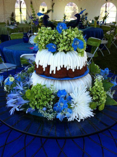 Nothing Bundt Cakes Wedding  69 best Nothing Bundt Cake images on Pinterest