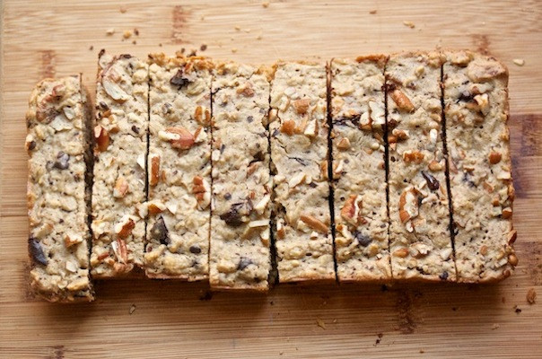 Oatmeal Breakfast Bars Healthy  The Greatist Table 5 Healthy The Go Breakfast Recipes