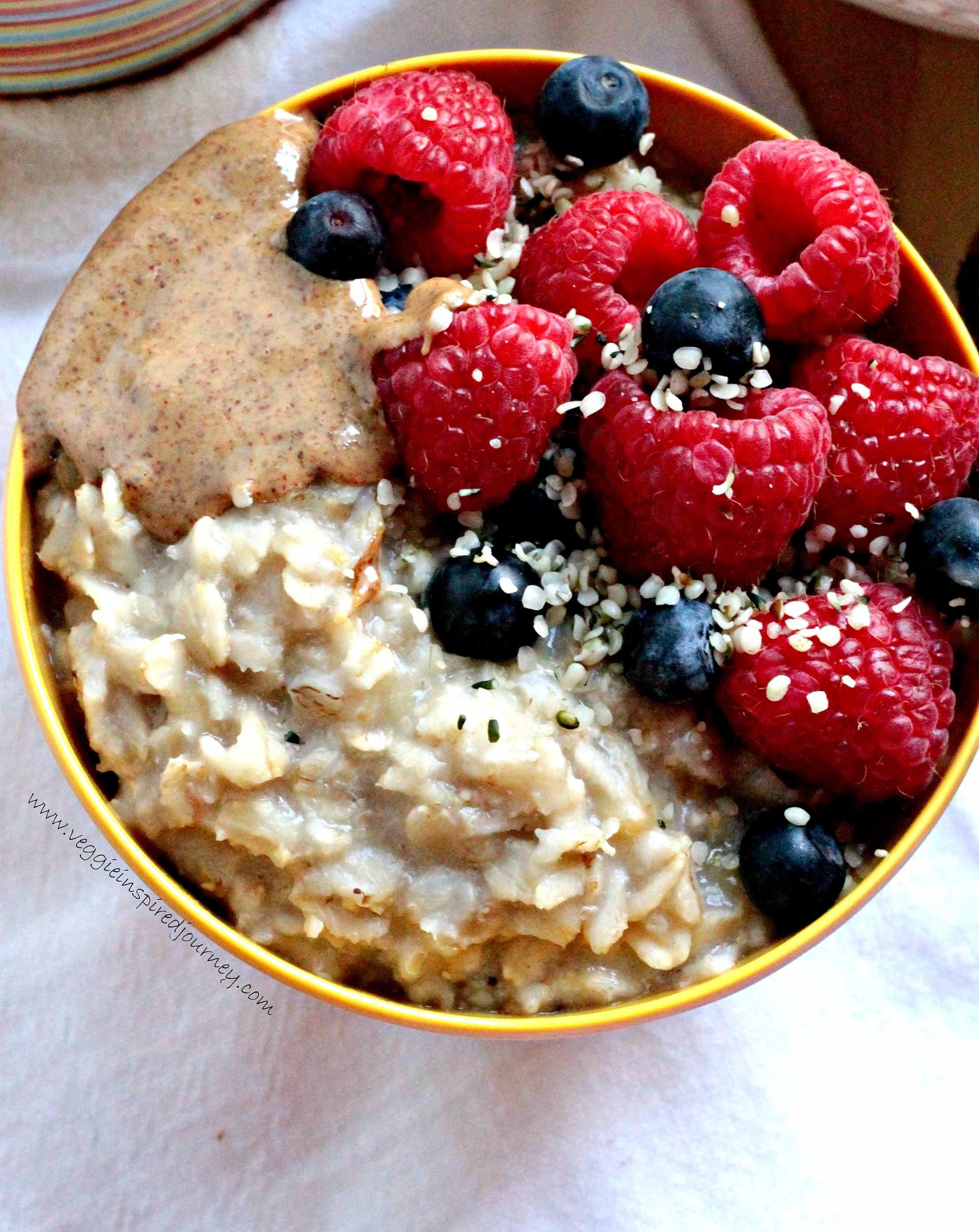 Oatmeal Healthy Breakfast  Easy Sweet Creamy Customizable Healthy Oatmeal