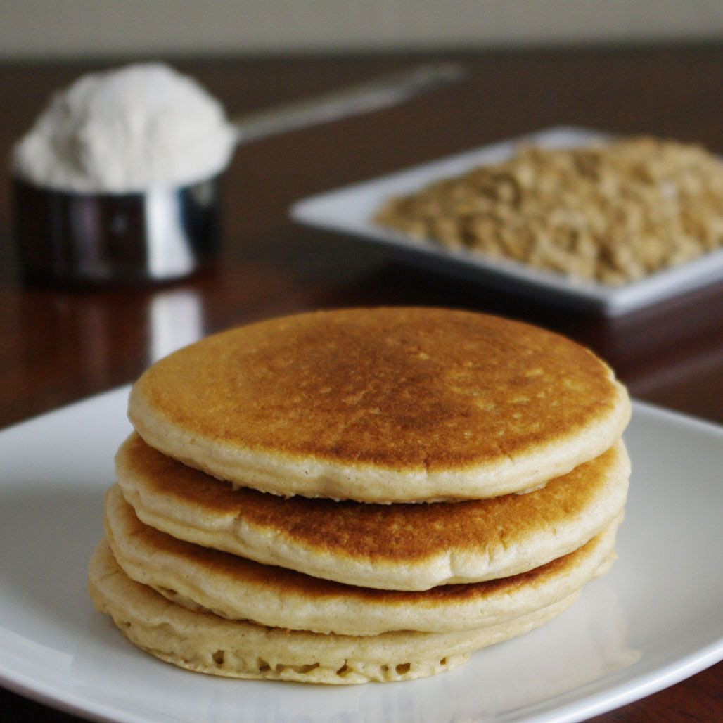 Oatmeal Pancakes Healthy  Oat Flour Pancakes I modified this recipe by using only a