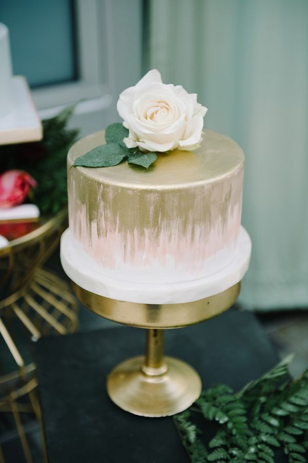 One Tiered Wedding Cakes  Best 25 e tier cake ideas on Pinterest