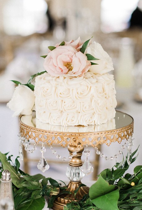 One Tiered Wedding Cakes  e Tier Cake with Roses