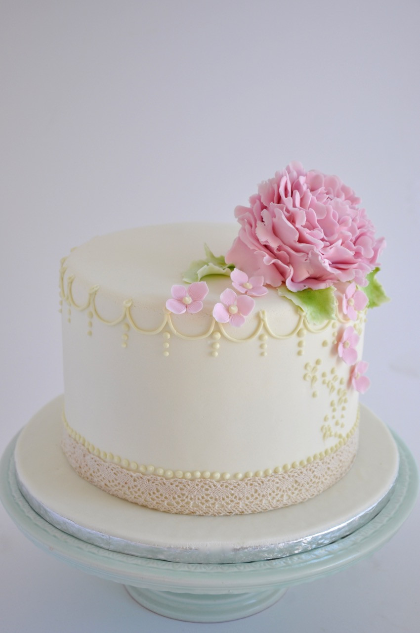 One Tiered Wedding Cakes  Rozanne s Cakes e tier Peony wedding cake