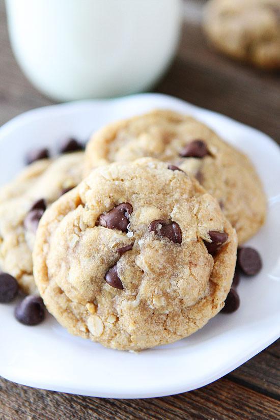 Organic Oatmeal Cookies  Coconut Oil Chocolate Chip Cookies