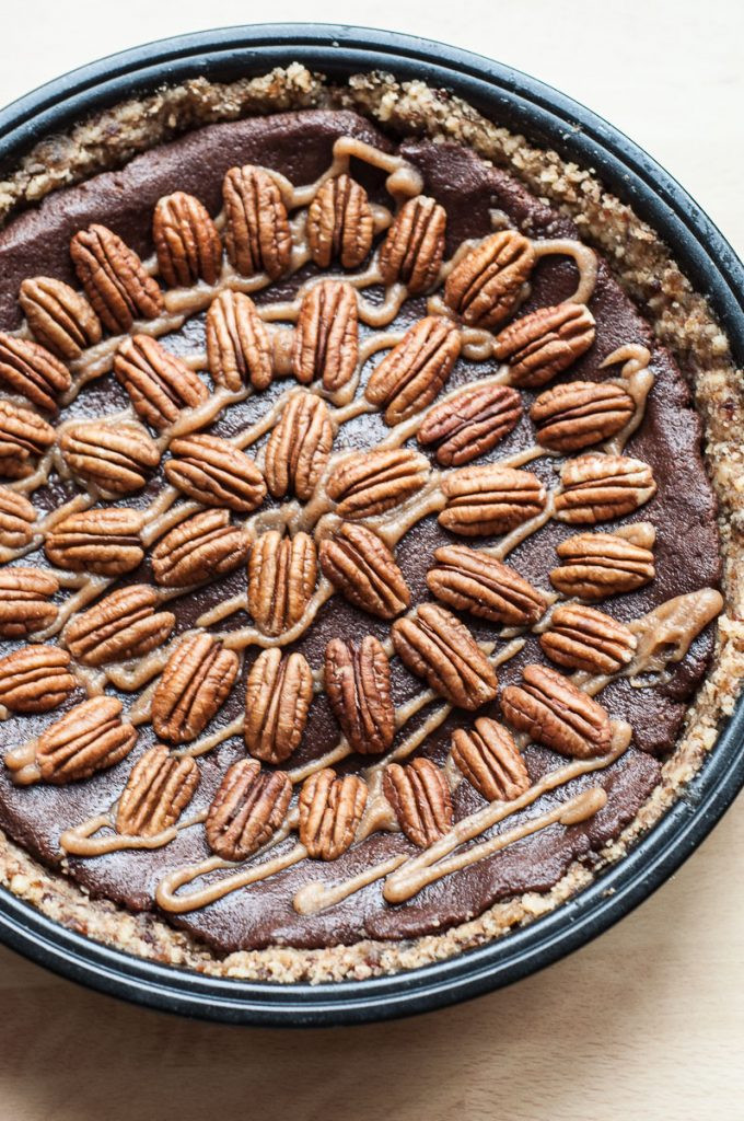 Organic Pecan Pie  Chocolate Caramel Pecan Pie V GF P Vegan Family Recipes