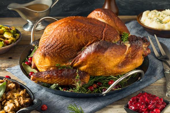 Organic Thanksgiving Turkey  Organic Homemade Smoked Turkey Dinner for Thanksgiving