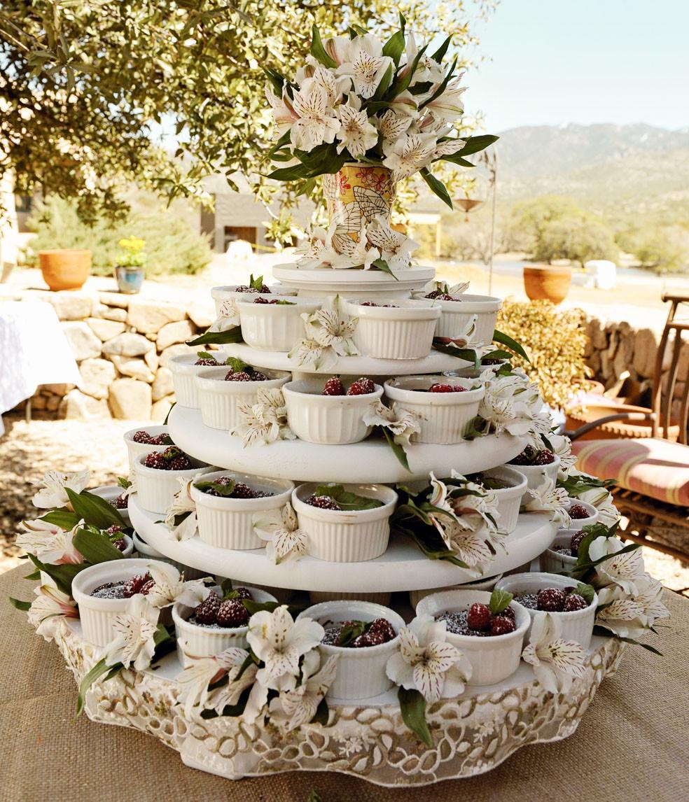 Outdoor Wedding Cakes  My Entomological Wedding