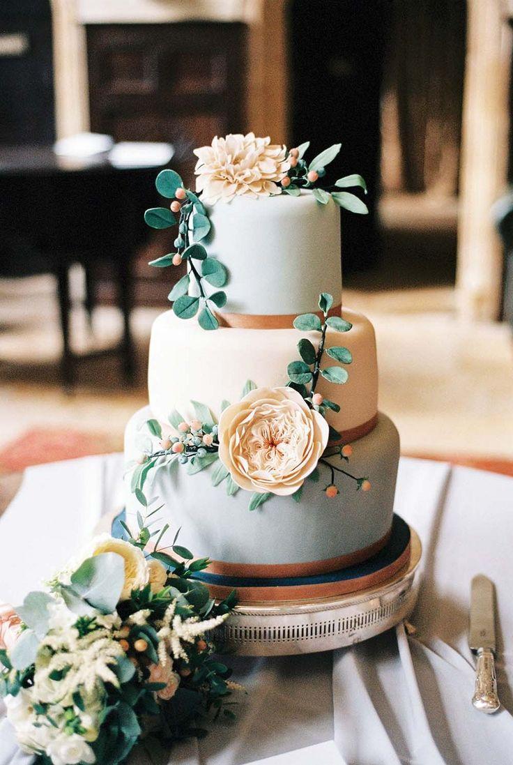 Outdoor Wedding Cakes  2073 best Wedding Cakes images on Pinterest