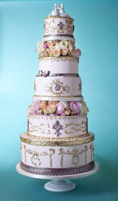 Outrageous Wedding Cakes  Most outrageous wedding cakes Slideshow