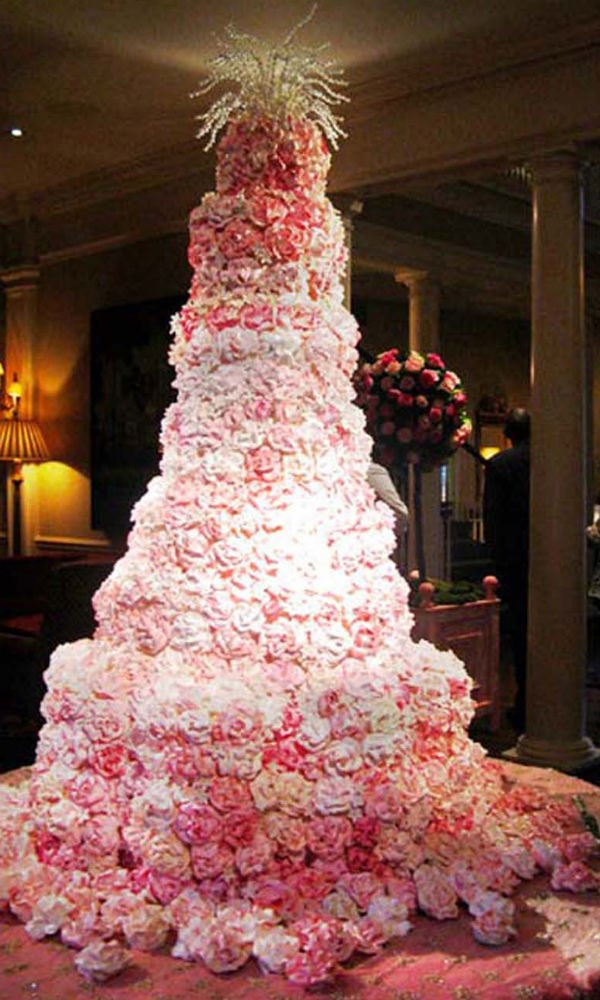 Outrageous Wedding Cakes  12 Truly Outrageous Wedding Cakes