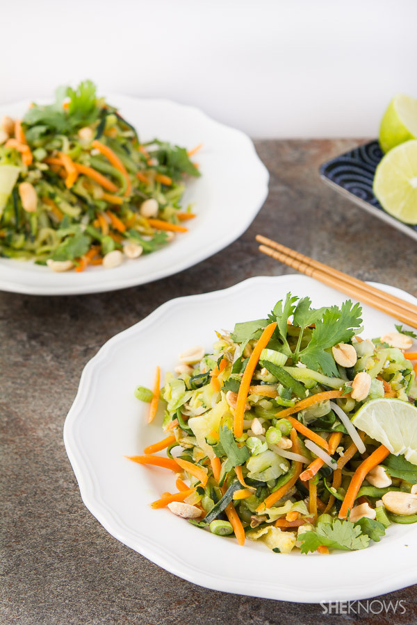 Pad Thai Healthy  Light and healthy pad thai with zucchini noodles