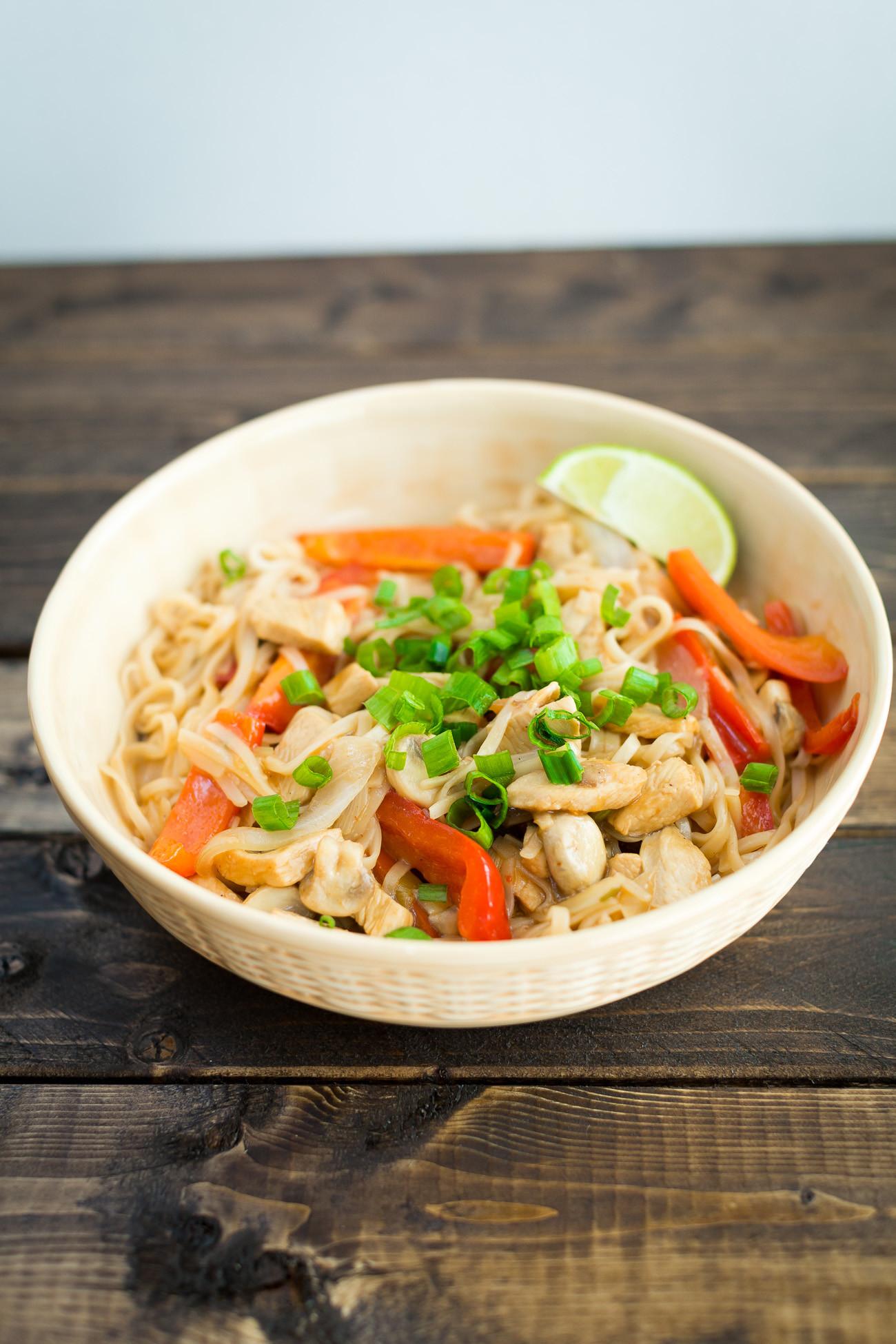 Pad Thai Healthy  Healthy Chicken Pad Thai Recipe