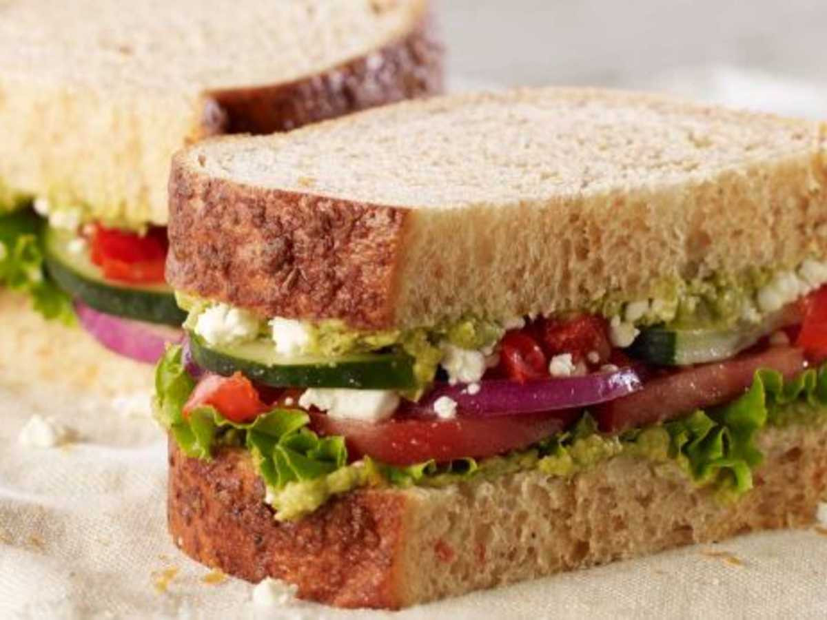 Panera Bread Healthy Choice  Here are the healthiest sandwiches to order off of Panera