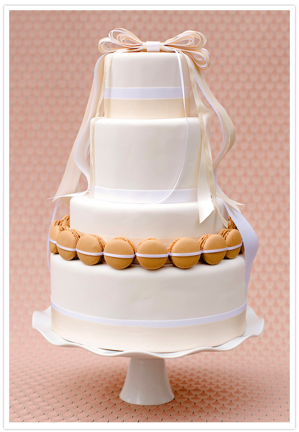 Paris Wedding Cakes  Simply elegant Paris wedding Faymi Eric