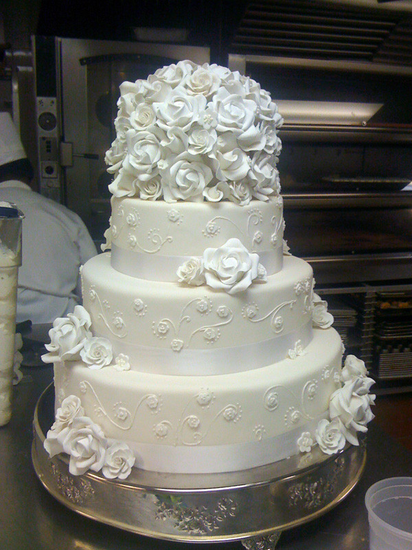 Paris Wedding Cakes  Wedding Cakes From France
