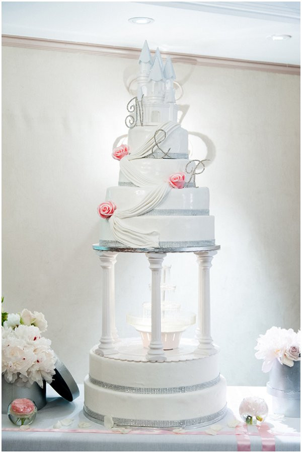 Paris Wedding Cakes  Lavish Paris wedding with Michael Jackson Dance Show