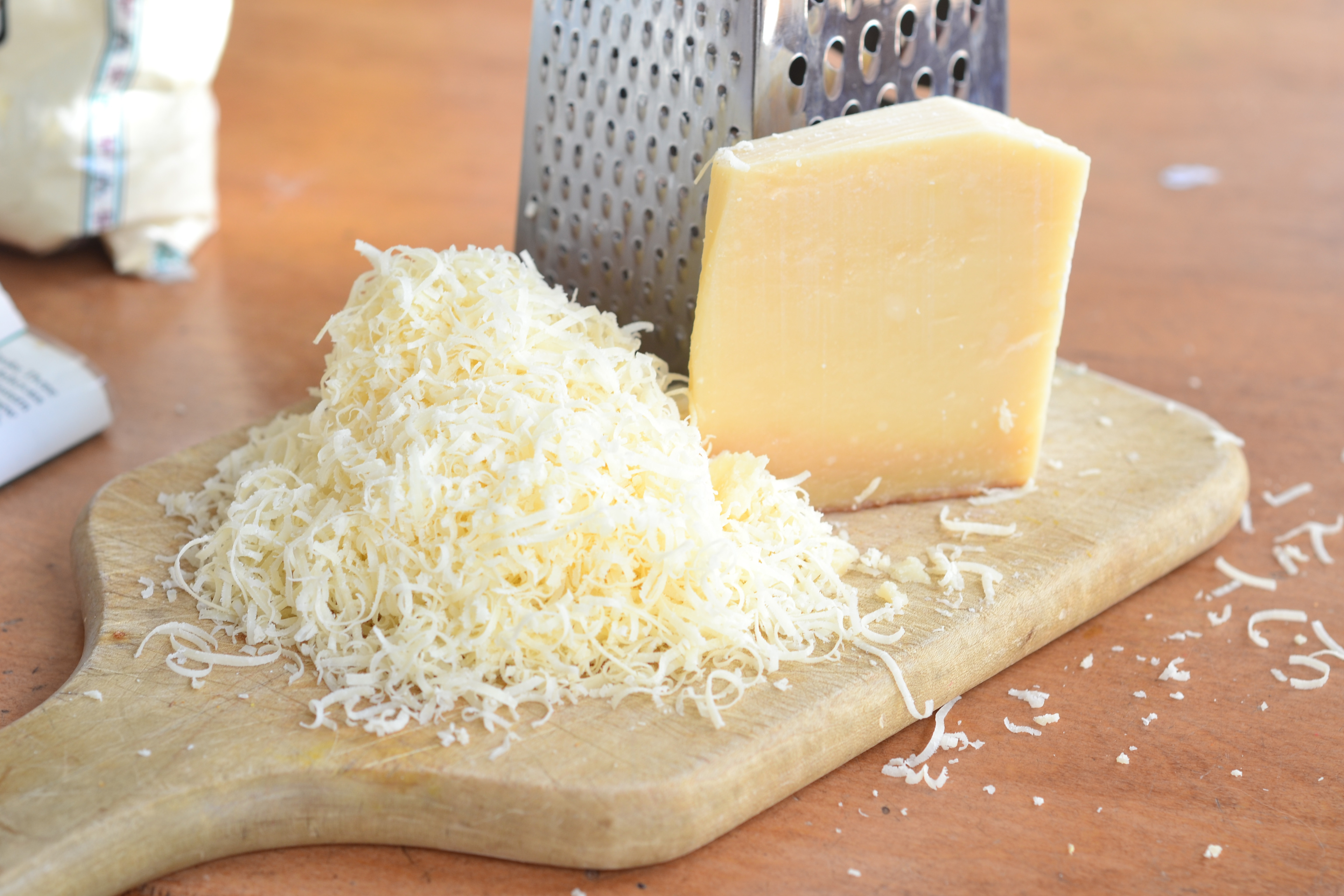 Parmesan Cheese Healthy  AVOID Grated Parmesan Cheese Contains Wood Cellulose
