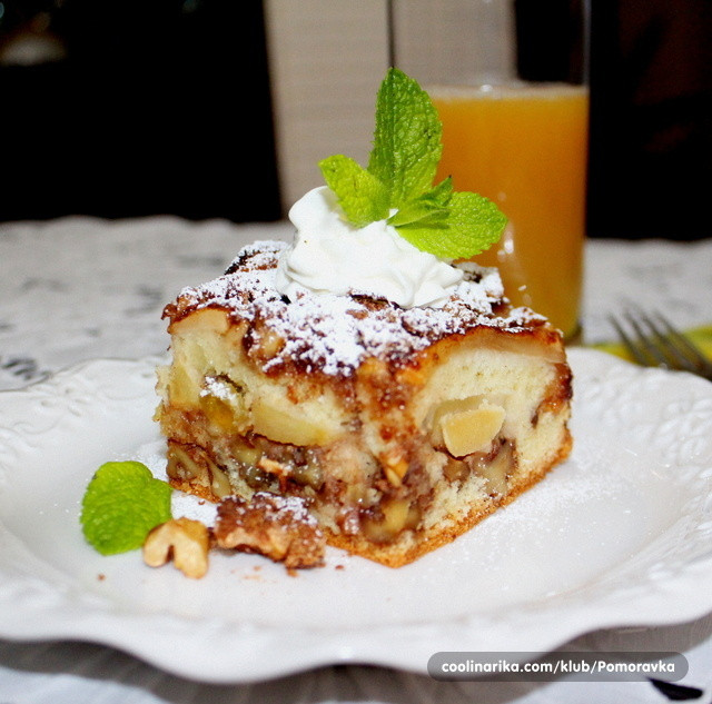 Passover Apple Cake  Passover Apple Cake — Coolinarika
