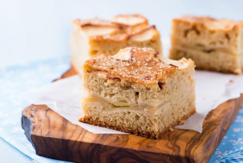Passover Apple Cake  Passover Pareve Apple Cake Recipe by Hannah Hoskins