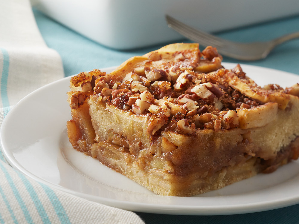 Passover Cake Recipes  passover spiced apple pecan cake