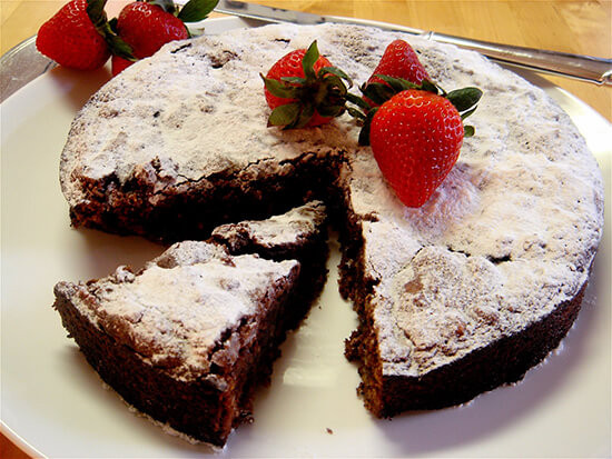 Passover Flourless Chocolate Cake  Passover Chocolate Cake