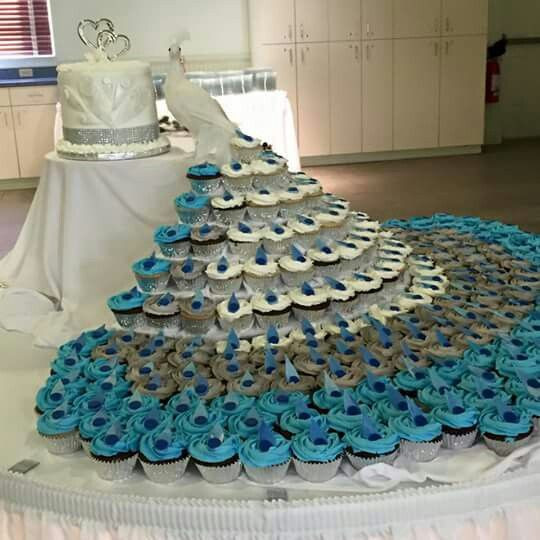 Peacock Wedding Cake With Cupcakes  20 Cutest and Most Creative Pull Apart Cupcake Cakes