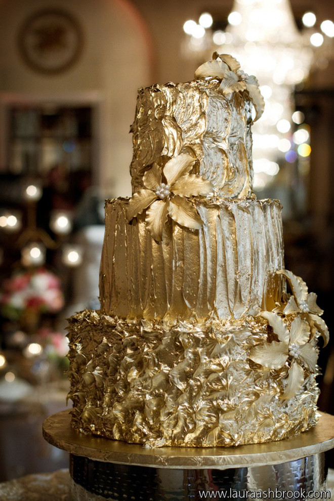 Pics Of Wedding Cakes  Gold Wedding Cakes Belle The Magazine