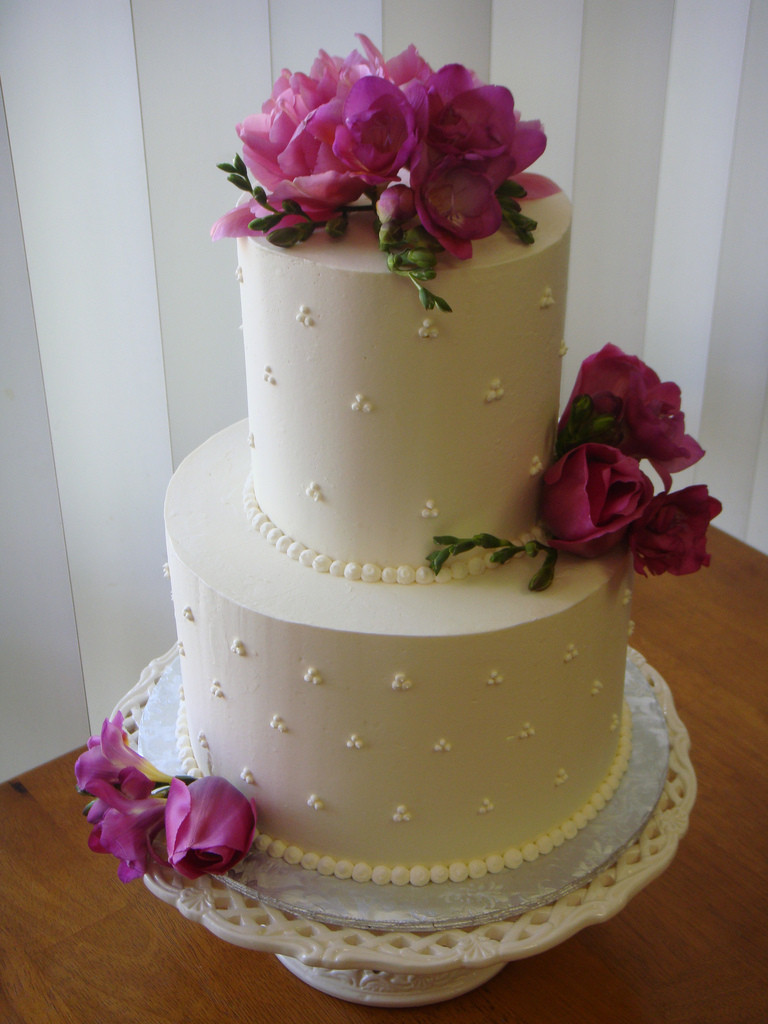 Pictures Of Small Wedding Cakes  25 CUTE SMALL WEDDING CAKES FOR THE SPECIAL OCCASSION