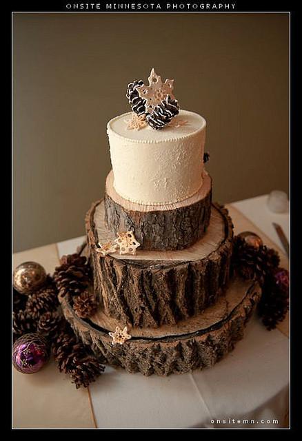 Pine Cone Wedding Cakes  c867fc083e z
