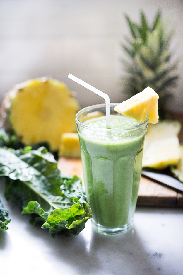 Pineapple Smoothies Healthy  Matcha Green Tea and Pineapple Smoothie