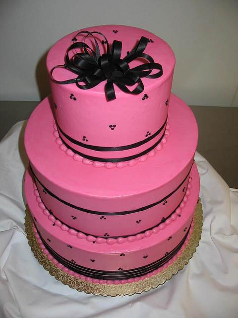 Pink And Black Wedding Cakes  Pink and Black Wedding Cake