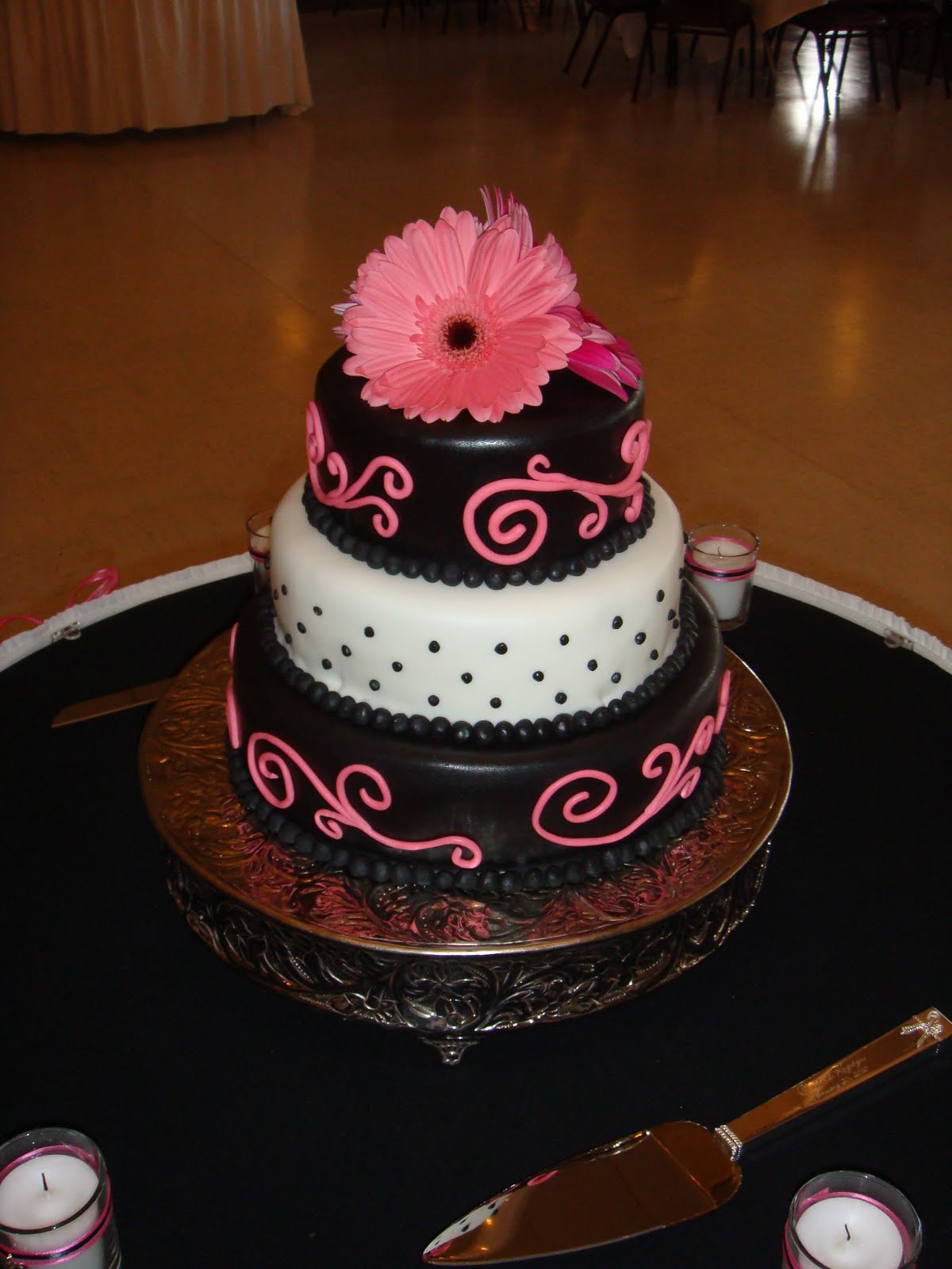Pink And Black Wedding Cakes  Crystie s blog beach themed wedding elegant beach