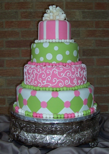 Pink And Green Wedding Cakes  Green and Pink Wedding Cakes Ideas