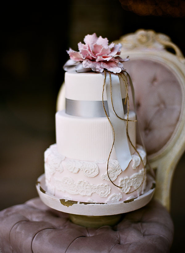 Pink And Purple Wedding Cakes  it