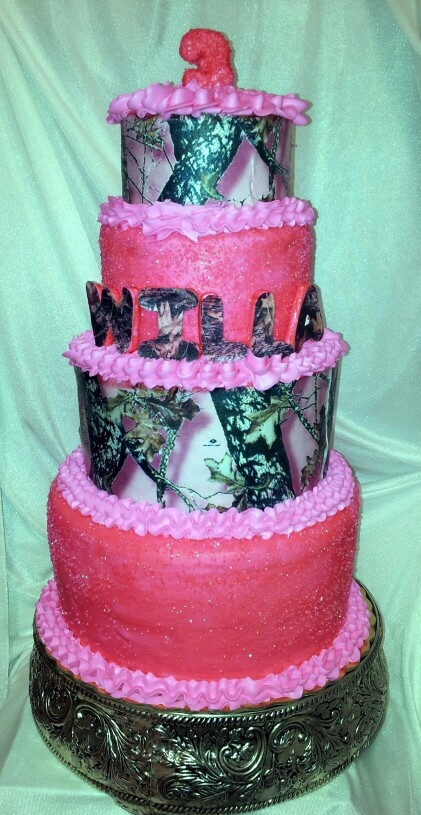 Pink Camouflage Wedding Cakes  Camouflage cake Pink mossy oak and Mossy oak on Pinterest