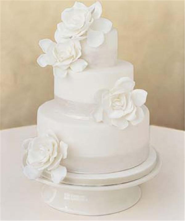 Plain White Wedding Cakes  40 Elegant and Simple White Wedding Cakes Ideas Page 4