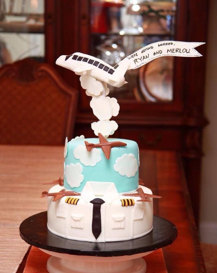 Plane Wedding Cakes  65 best images about Pilot Cakes on Pinterest