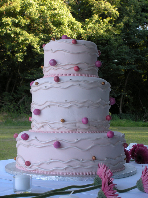 Polka Dotted Wedding Cakes  Pink Polka Dot Wedding Cake