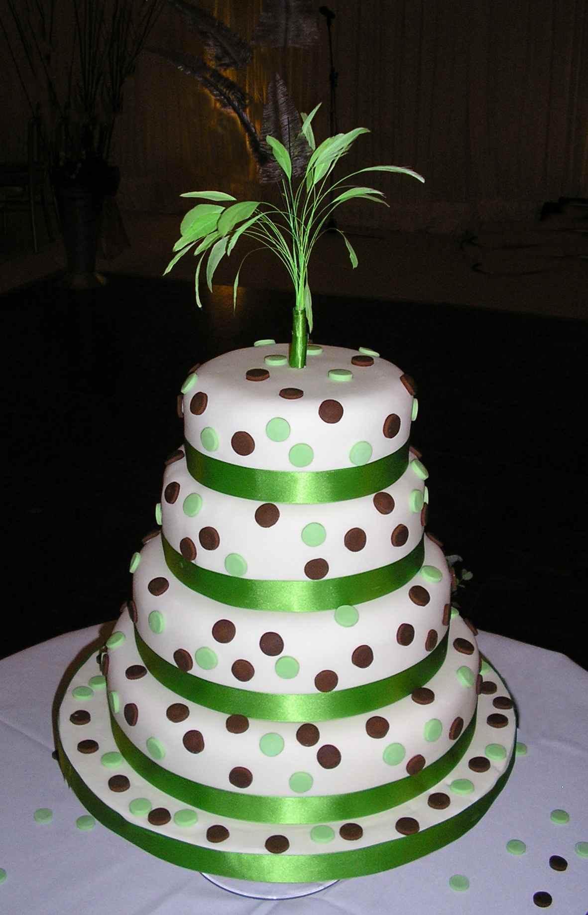 Polka Dotted Wedding Cakes  Polka Dot Cakes – Decoration Ideas