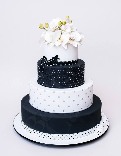 Polka Dotted Wedding Cakes  40 Cheerful And Playful Polka Dot Wedding Cakes