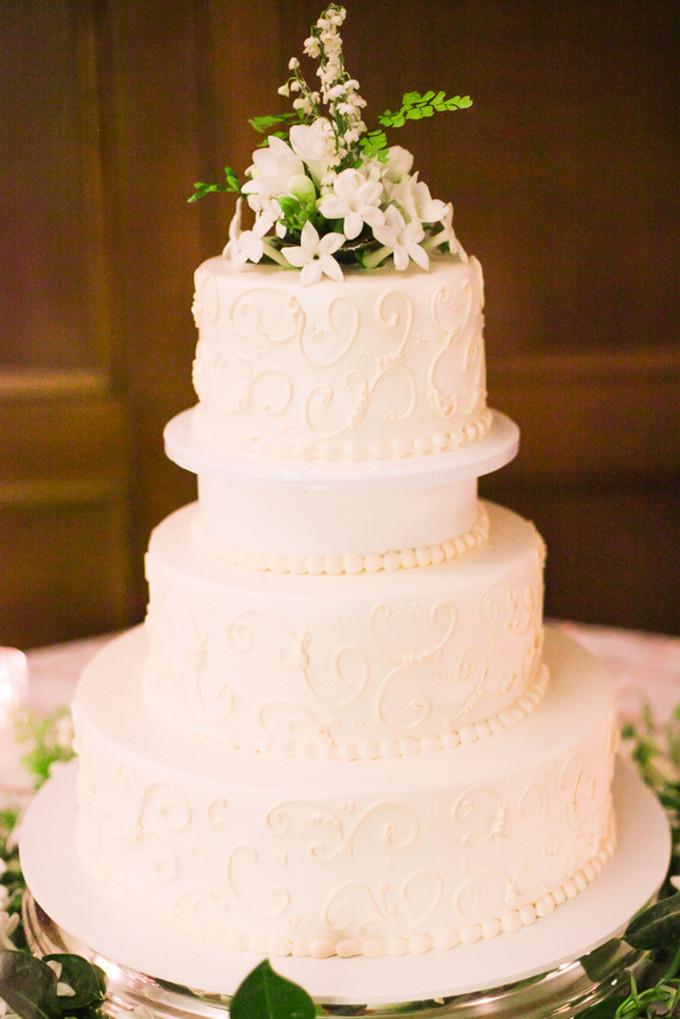 Portos Bakery Wedding Cakes  Classic Romantic LA Wedding