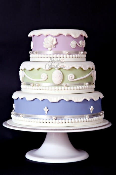 Portos Bakery Wedding Cakes  Vintage is Back cake by Artur Cabral Home Bakery