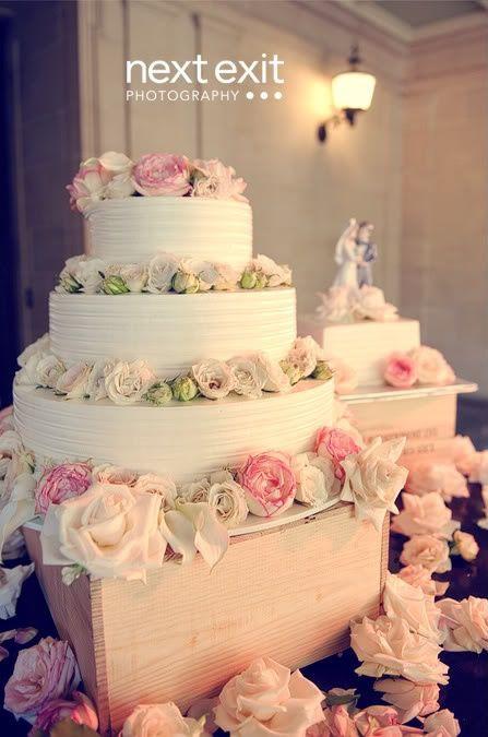 Portos Bakery Wedding Cakes  Portos bakery in Pasadena pasadena cake portos wedding