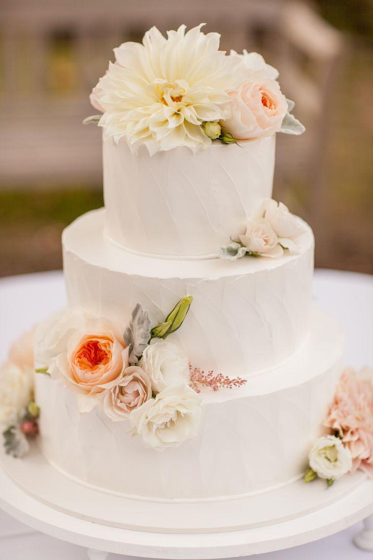Portos Bakery Wedding Cakes  70 best images about Wedding on Pinterest
