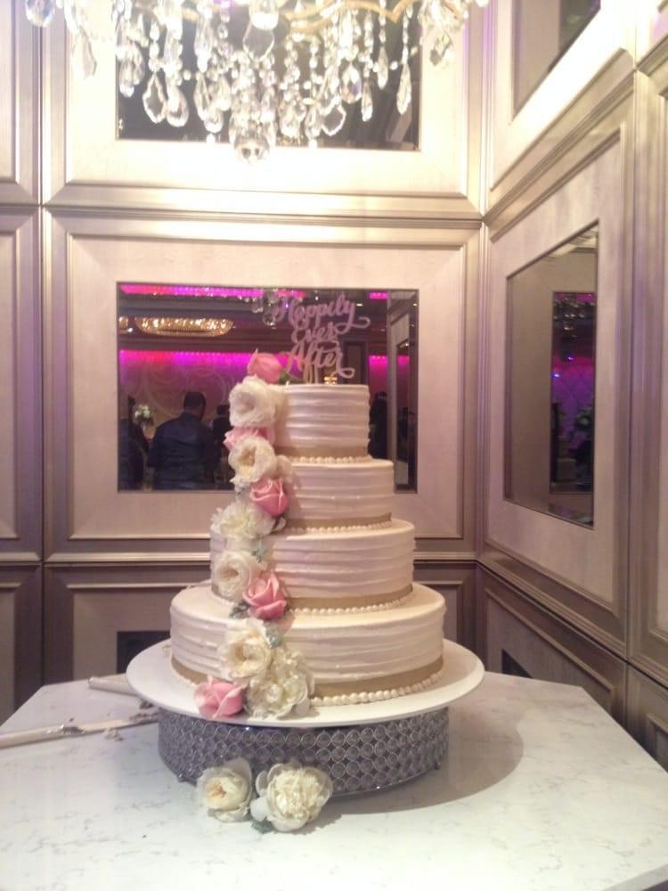Portos Bakery Wedding Cakes  Wedding cake photo cake made by portos the floral design